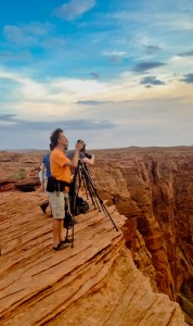 Photographer at Horseshoe Bend Arizona. Horseshoe Bend Photo Guide and tips