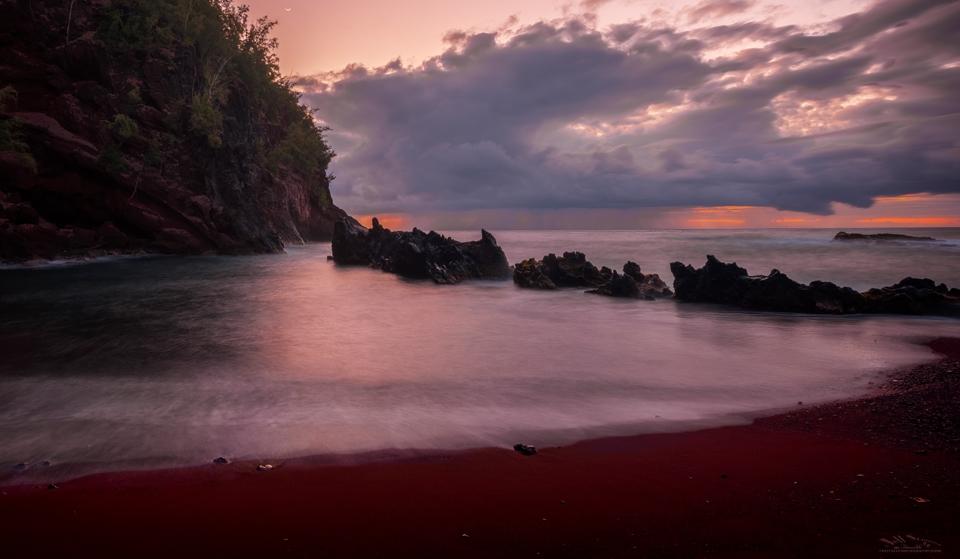 Maui's Kaihalulu Beach (Red Sand Beach):  Photo Tips and a Warning…