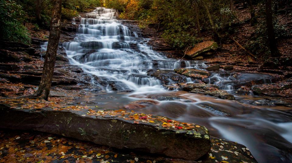 Minnehaha Falls...not famous...but it should be!