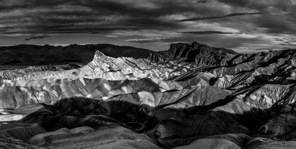 2016-sw-death-valley-03-05-0290-pano-bw-brop