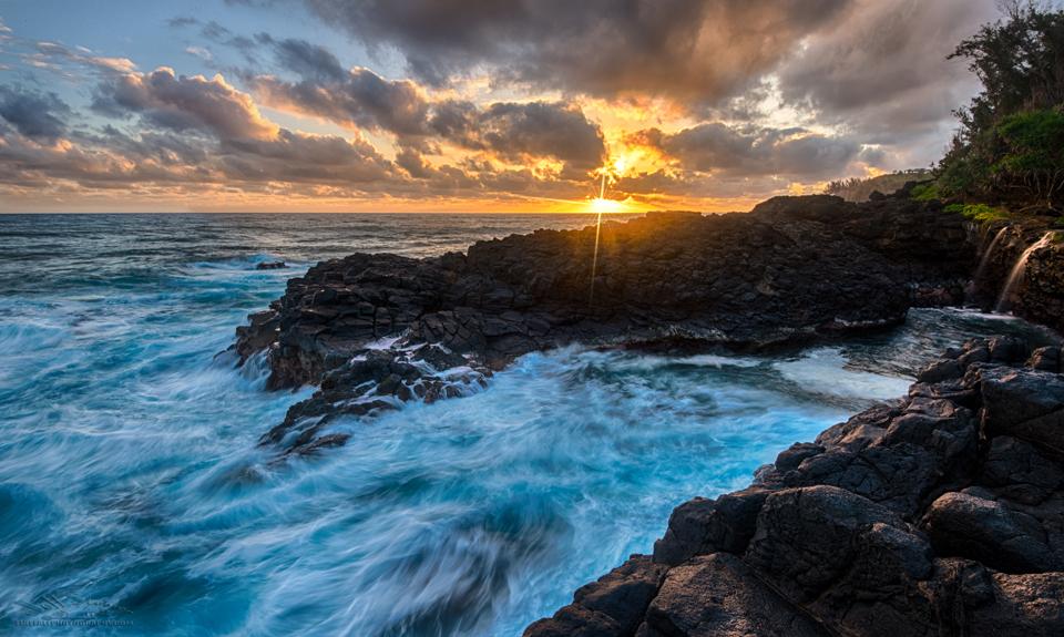 Queen's Bath Kauai sunrise