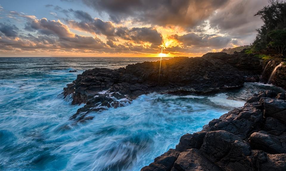 Queen's Bath sunrise Kauai